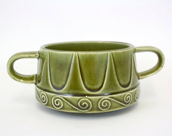Vintage Mod Avocado Green Double Handled Soup Bowl (E5839)