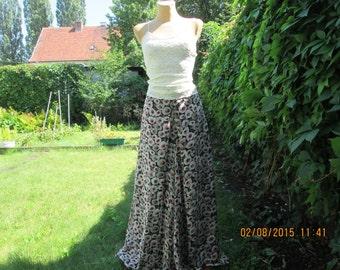 Nice Pants Vintage / EUR36 / 38 / UK8 / 10  / Wide Legs / All lining