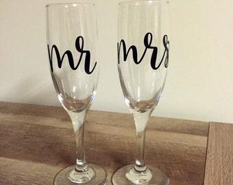 Mr & Mrs Champagne Flutes / Glasses - Pair
