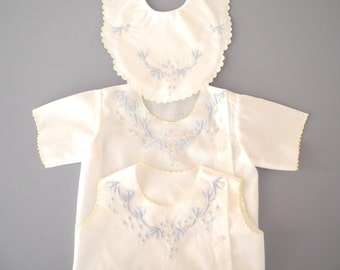 Vintage Baby Clothes, 1960's Pale Blue and White Shirt and Bib Set, Vintage Baby Shirt, Vintage Baby Bib, New Mom Gift, Size 6 Months