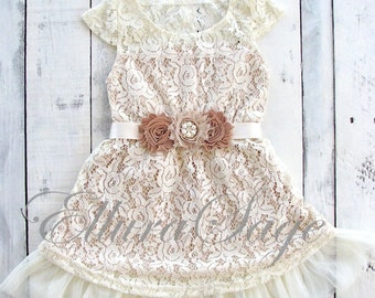 Lace Flower Girl dress- Flower Girl Dresses- Champagne flower girl dress- Lace dress- Rustic Girls Dress- Baby Lace Dress- Junior Bridesmaid