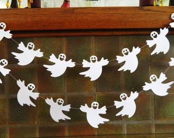 Halloween Decorations - Halloween Garland - Ghost Decoration - Spooky decor- Halloween Party Decor- Classroom Decor-