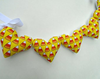 Candy Corn Garland / Fabric Garland / Heart Garland / Candy Corn Banner / Halloween Banner / Halloween Decor / Pillow Hearts