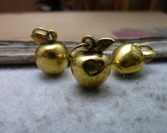 10pcs 11x15mm The Apple Gold Retro Pendant Charm For Jewelry Bracelet Necklace Charms Pendants C7696