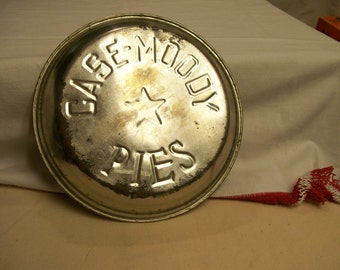 Case Moody Pie Pan Plate Aluminum Vintage Old Tyme Pie Pan Great for Farmhouse Kitchen Rustic Americana Primitive