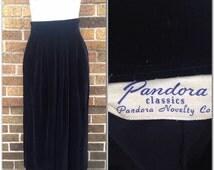 Vintage 1950s Black Velvet High Waist Long Pencil Skirt / Women's Small Waist 26  / Rockabilly Pinup Bombshell