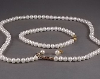 Vintage Cultured 5.5mm  Pearl Necklace, Bracelet and Pearl Stud Earrings 14K gold clasps, posts and backs
