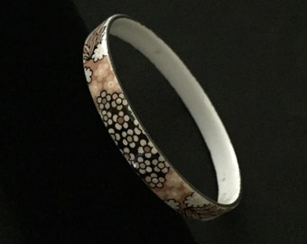 Vintage MICHAELA FREY Enamel BANGLE - Vienna Austria - Summer Beach Floral Black Blond Nude White Bracelet - 1960s