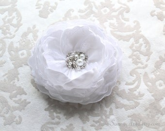 White Bridal Hair Flower Clip/ Handmade Wedding Accessory