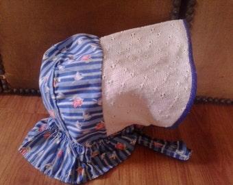 40s childs prairie style blue flowered bonnet