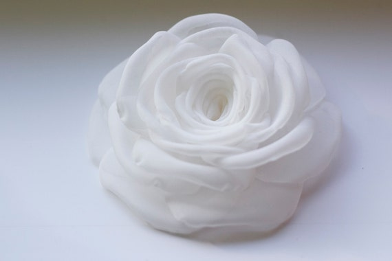 White or Ivory  Handmade Bridal Wedding Hair Clip or Brooch MADE TO ORDER
