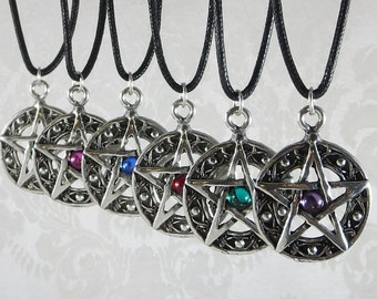 Pewter Pentacle Pendant Necklace /  Pagan Wiccan Cabochon Pentacle / Gothic Pentacle Charm / Medieval Fantasy Necklace / Magic Witch Pendant