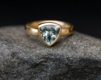 Aquamarine Engagement Ring - 18K Gold Aquamarine Ring - Aquamarine Trillion Gold Ring - Blue Gemstone Gold Engagement Ring - Made to Order