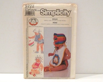 Garfield Baby Clothes Sewing Pattern Simplicity 9222 Babies Accessories Bib Diaper Cover Hat Cap Bonnet Shoes Pattern Free US Ship