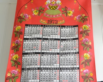Fabric calendar 1973, vintage Swedish printed linen, seventies textile calendar, wallhanging home decor, retro kitchen decor