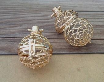 2pcs gold color hollow out  (copper) box charm pendant  28mmx30mm