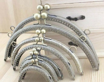 1Pcs Vintage Embossing Antique Brass Plated Metal Purse Frame with Holes for Purse Bag Making (7 size)-1piece T189
