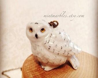 Porcelain Snow Owl Necklace. Miniature Woodland Owl. Snow Owl. Wild Bird. Small Porcelain Animal Gift. Unique Porcelain Jewelry. White.