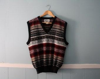 Men's vintage patterned sweater vest / 1980s acrylic sleeveless sweater vest / Size Medium
