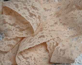 Vintage French lingerie lace, lingerie lace trim, cafe au lait lace, 1950s lace trim, 3 yard length, sewing, crafts, dressmaking,
