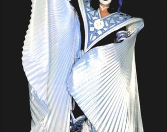 KISS Ace Frehley Dynasty Posed Stand-Up Display - KISS Band Collectibles KISS Memorabilia Army Kit Retro T-Shirts Posters kiss76
