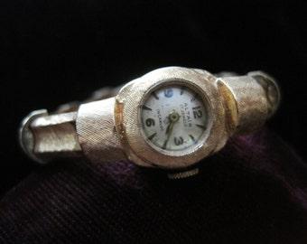 14k Altair Watch Vintage Gold WristWatch Women's Round  Gold Dial Fourteen Karat Designer Original