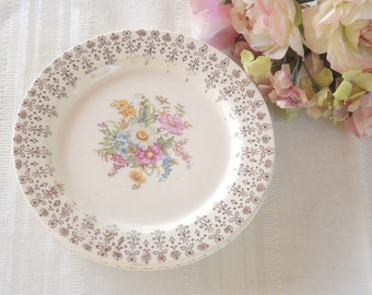Vintage Cottage Style Bread and Butter Plates  Set of 4, Tea Party High Tea Socials, Wedding, Bachelorette Gifts, Mid Century