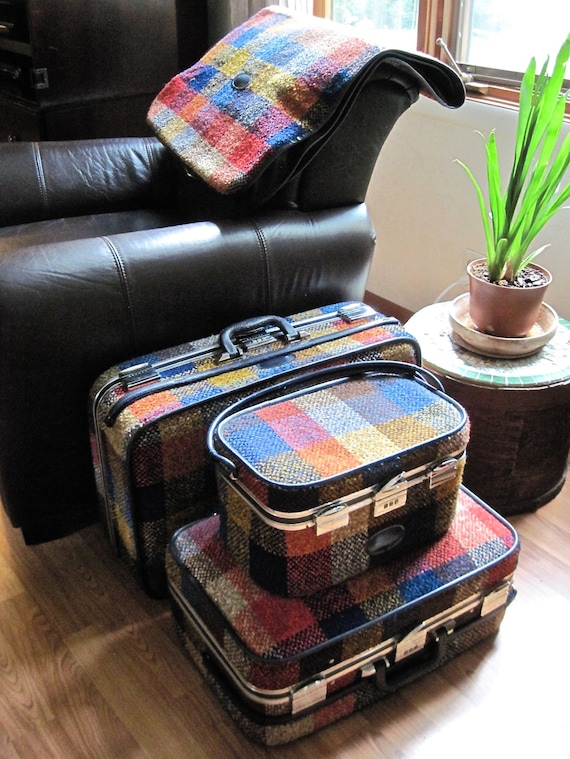 Vintage Retro 1960's Skyway Rainbow Plaid Tweed Luggage Set