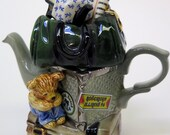 Paul Cardew Collectible Miniature Teapot Traveller's Return