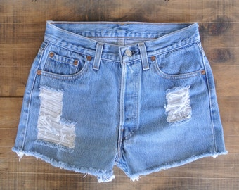 Distressed LEVI High Waisted Shorts Size 4/5, 27 Inches