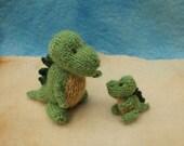Mummy and baby dinosaurs knitting pattern PDF