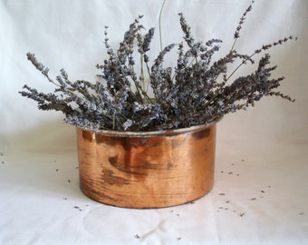 Hammered copper stock pot, Country charm, Primitive cookware RUSTIC kitchenware compote bowl EARTHY vintage houseware SHABBY kitchen decor