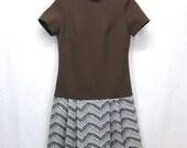 Vintage 60's 70's Mod Bleeker Street Double Knit Polyester Mock Turtleneck Mini Dress Brown Pleated Skirt Womans Size 8 Medium