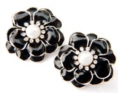 Black Rhinestone Pearl Flower Earrings Elegant Vintage Collectible Jewelry For Women Mystery Triangle Mark