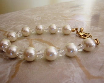 Vintage Faux White Pearl and Crystal Bead Bracelet with Gold Closure, Wedding, Bridal, Engagement, Adjustable Bracelet