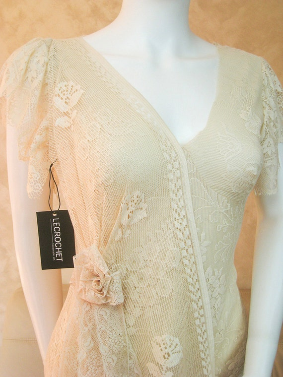 Boho Wedding Dress Nottingham : Bohemian lace wedding dress with an asymmetrical train bridal