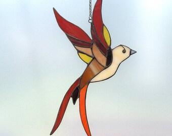Stained glass bird - tiffany glass bird. A stained glass suncatcher.