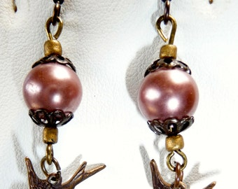 Pretty mauve faux pearl with bird earrings