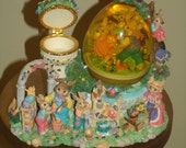 "Vintage Spring Water Globe ""with Musical Playing Easter Parade"""