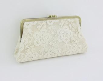 Bridal Clutch / Wedding Clutch - Cream Lace Clutch B