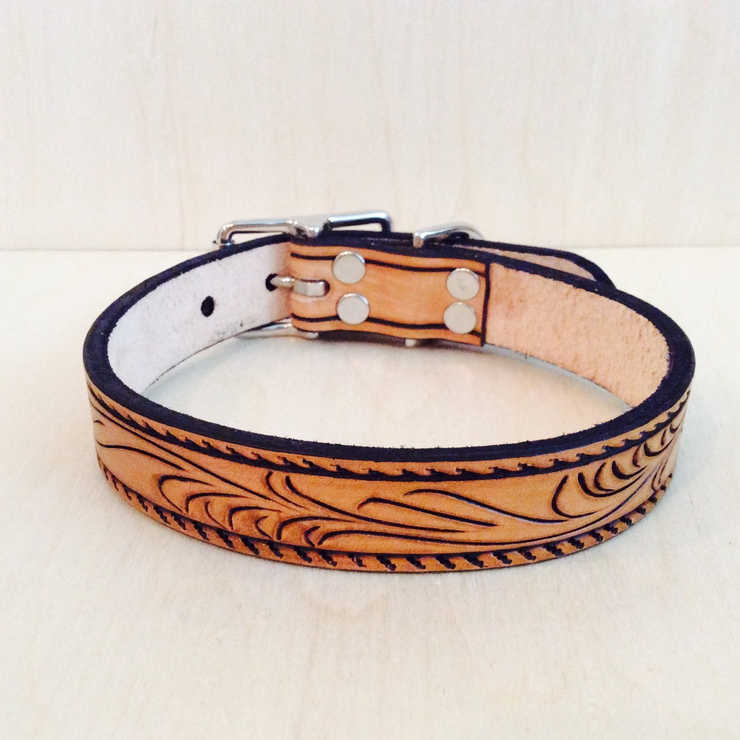 Create Your Own Leather Dog Collar