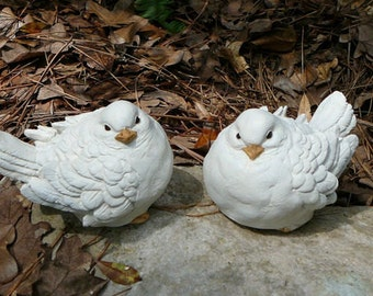 White Dove Pair - Cement/Concrete Garden Statues - Bird Figurines - Dove - Wedding decor