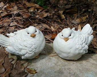White Dove Pair - Cement/Concrete Garden Statues - Bird Figurines - Doves - Wedding decor