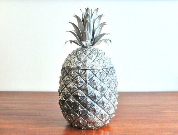vintage metal ice bucket risi pineapple by mauro manetti. Black Bedroom Furniture Sets. Home Design Ideas