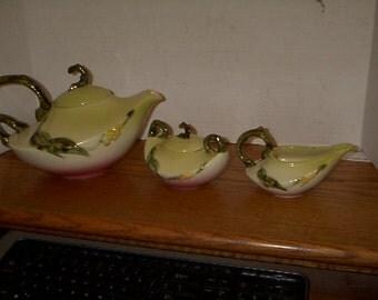 Vintage Hull Mint Tea Set