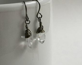 Quartz Adeline Pointed Earrings