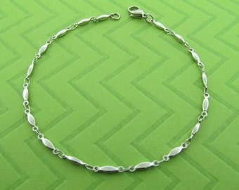 stainless steel chain anklet. avail in 5-10 inches