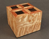 Spools Quilt Pattern Wooden Keepsake Box by Quiltboxes
