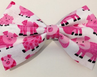 Piggie fabric hair bow