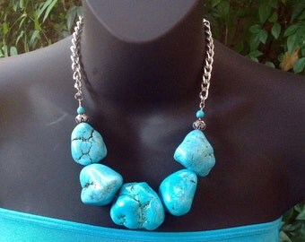 Chunky Turquoise Necklace. Large Nugget Turquoise Necklace. Statelement Necklace.